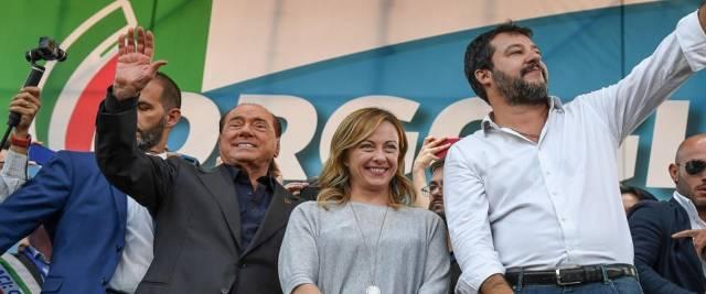 Il sondaggio Tecné sulle regionali dà il centrodestra in vantaggio foto Ansa