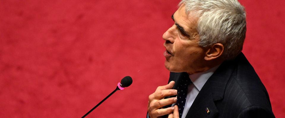 Casini a Conte: «L'opposizione va coinvolta». E Alessandro Gassmann  applaude: «Bravo» - Secolo d'Italia
