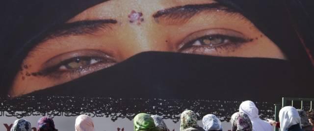 marocchino pesta la figlia perché vive all'occidentale