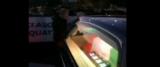 Napoli, sfila la bara nel tricolore al corteo funebre per il commercio