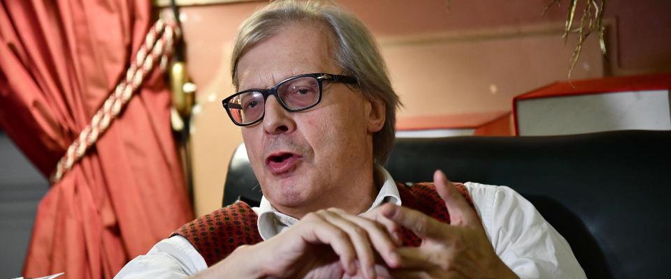 """Vittorio Sgarbi, attacco a """"Giggino"""": «Un Paese in cui è ministro Di Maio,  è un Paese senza cultura» - Secolo d'Italia"""
