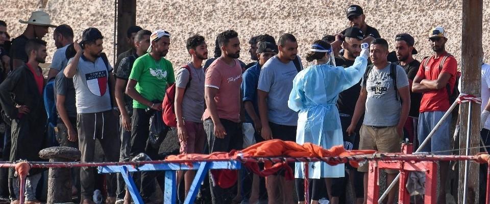 migranti reddito cittadinanza