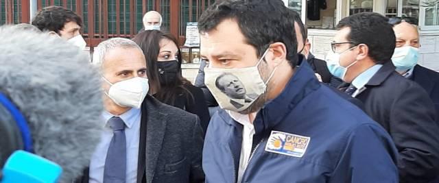 Mascherina Salvini con Borsellino