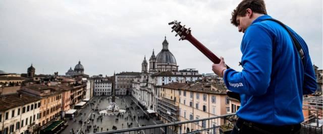 chitarrista piazza Navona