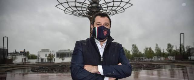 Salvini sulle riaperture