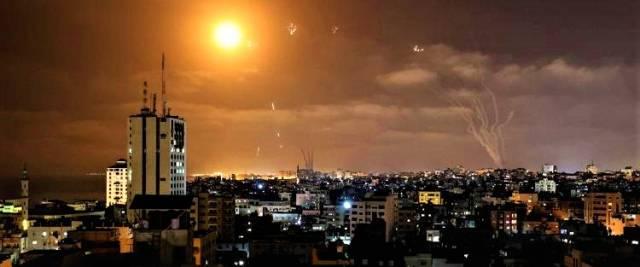 ISRAELE_RAZZI_HAMAS_INTERCETTATI_DA_SISTEMA_IRON_DOME