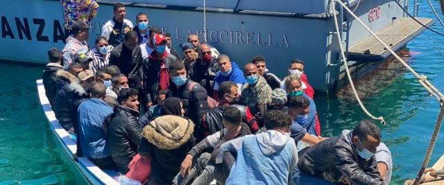 migranti covid scabbia tubercolosi