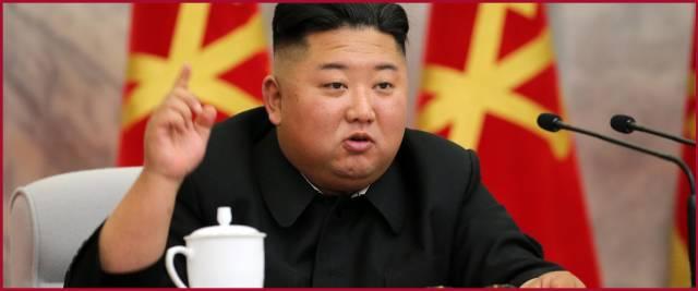 Kim dichiara guerra ai giovani: chi mette jeans o guarda film stranieri rischia la pena di morte