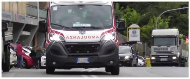 rubano ambulanza