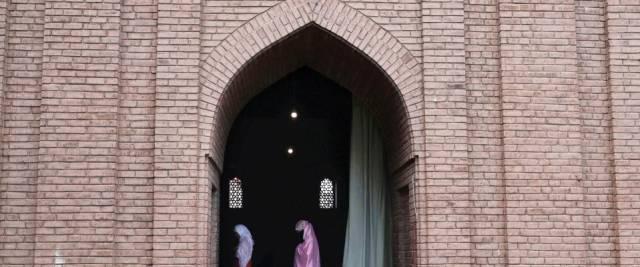 Pipì in Moschea Pakistan