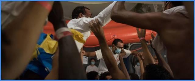migranti Meloni Lamorgese